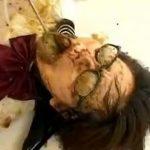 【レズ スカトロ動画】黒縁眼鏡のJKを糞でまみれさスカレイプ!変態レズビアンに食糞強要され号泣ww